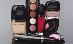 Marc Jacobs выпустил коллекцию декоративной косметики