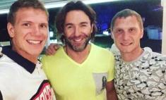 Оренбуржец отдыхает вместе с Андреем Малаховым