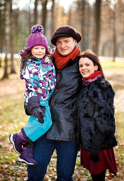 Дочь Алексея Тихонова и Марии Петровой: фото
