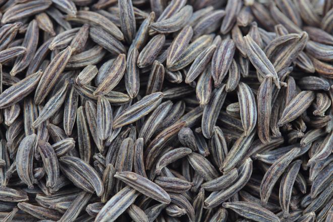 Масло тмина для лица – полезное свойство