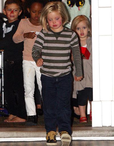 Дочь Анджелины Джоли (Angelina Jolie) и Брэда Питта (Brad Pitt) - Шайло (Shiloh Jolie-Pitt)