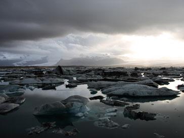 Над Арктикой растет озоновая дыра