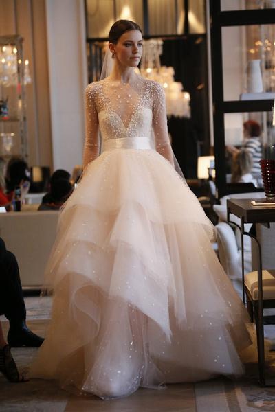 60 пышных свадебных платьев 2015 | галерея [1] фото [22]