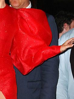 Леди ГаГа (Lady GaGa) продемонстрировала тренд - объемный рукав-фонарик
