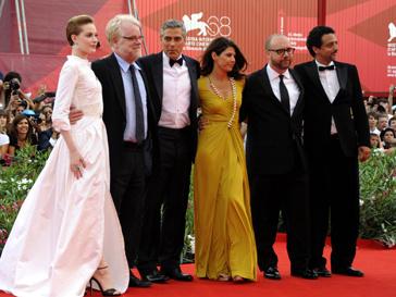 Джордж Клуни на премьере своей картины на 68-м Венецианском кинофестивале.