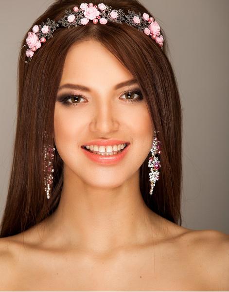 Модный макияж и тенденции маникюра Уфа