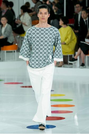 Показ круизной коллекции Chanel в Сеуле | галерея [1] фото [48]