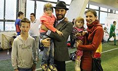 Участник шоу «Голос» Николай Заболотский занялся благотворительностью