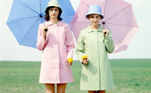 Такое лето: как спастись от дождя и выглядеть модно