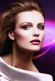 Dior этой весной исполняет гимн женственности и естественности