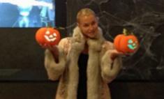 Анастасия Волочкова готовится к Хэллоуину