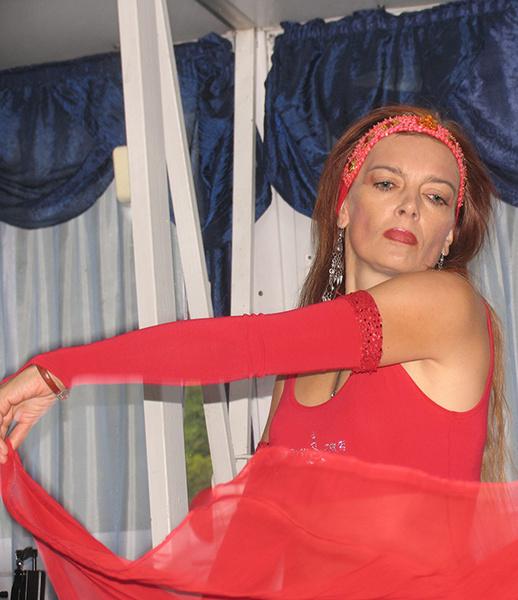 Танцы в Ростове: 15 самых красивых девушек танцовщиц