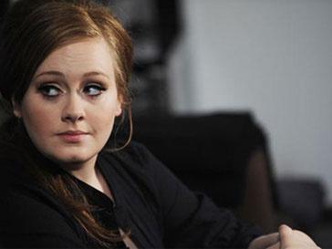 Два альбома Адель (Adele) оказались на вершине британского чарта