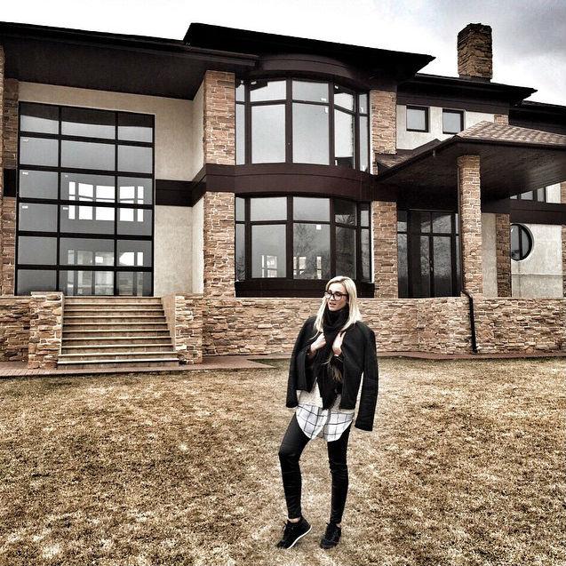 Ольга Бузова и Дмитрий Тарасов купили дом фото