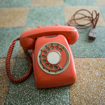 Навязчивые звонки нарушают наши личные границы. В этом смысле ярость, которую они вызывают порой, вполне объяснима