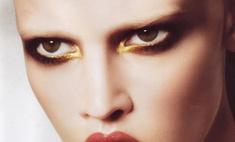 Лара Стоун – новое лицо Giorgio Armani Cosmetics