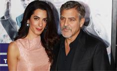 Амаль Клуни сняла обручальное кольцо