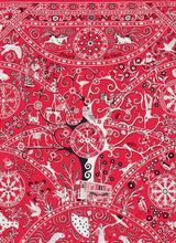 Hermès представил новую коллекцию шелковых платков
