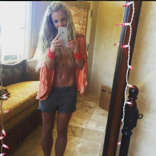 Бритни Спирс в купальнике