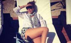 Ксению Собчак попросили раздеться на пляже