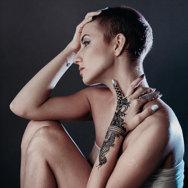 Почему моя девушка встает раком сама