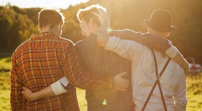 16 психологических приемов, чтобы нравиться людям