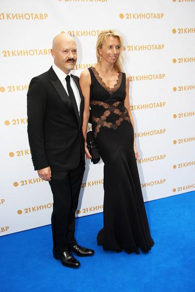 Федор Бондарчук с супругой