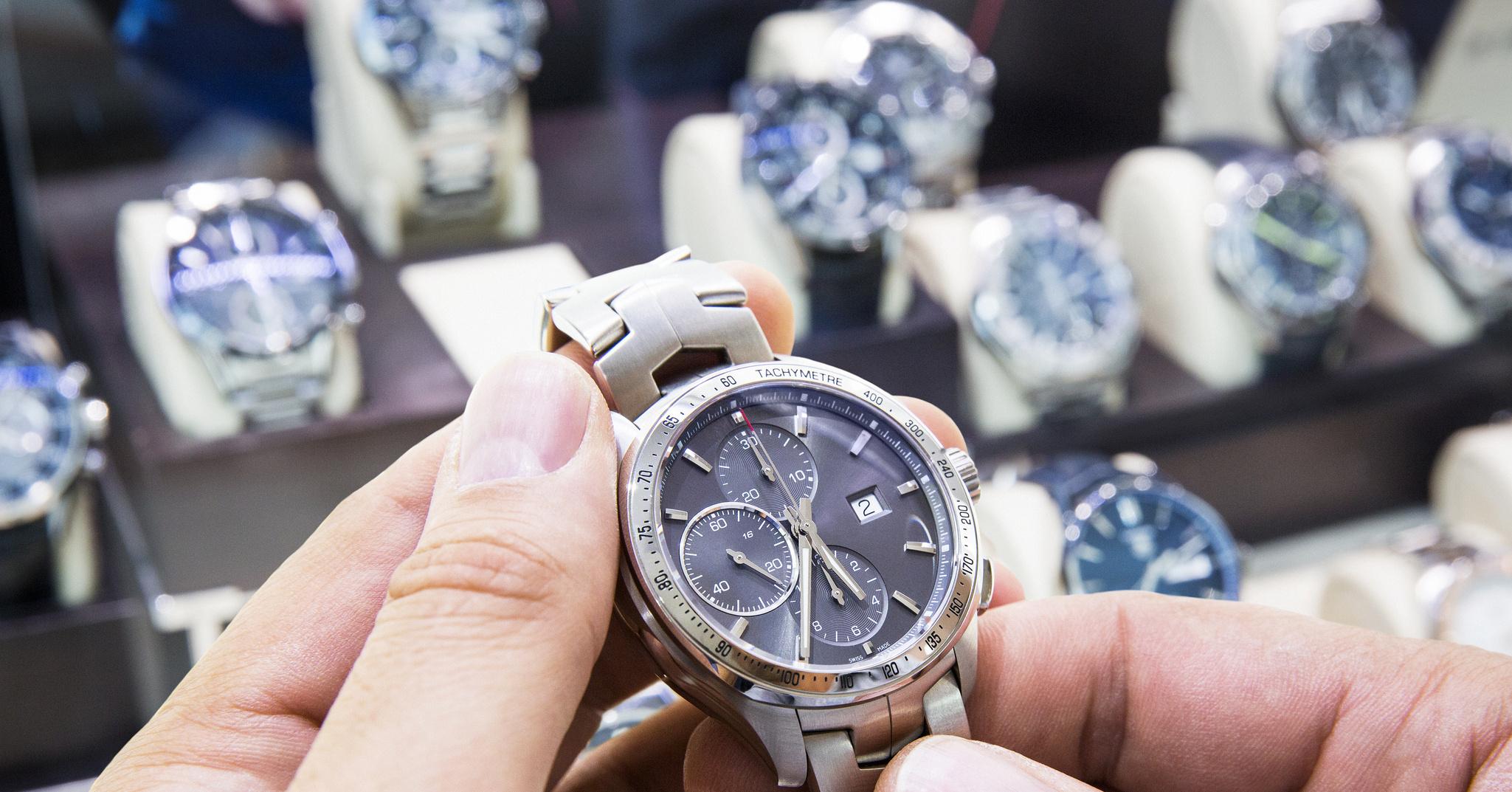 Как выбрать мужчине наручные часы