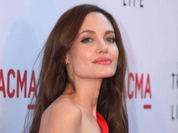 Анджели Джоли (Angelina Jolie) хочет сыграть агента КГБ снова
