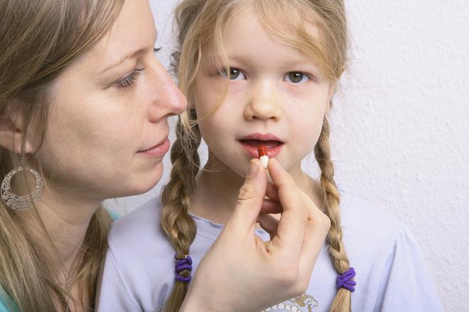 Что принимать с антибиотиками детям