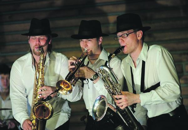 Группа «Штрих Кот» популярна в Новосибирске