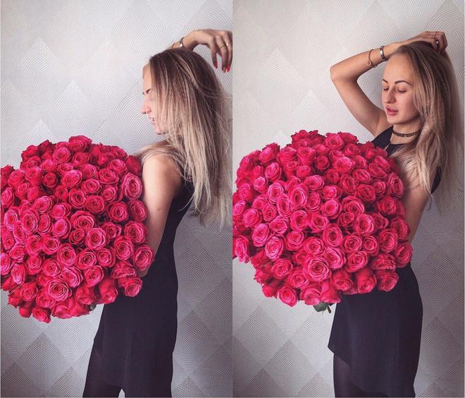 Красивая девушка с цветами рисунок