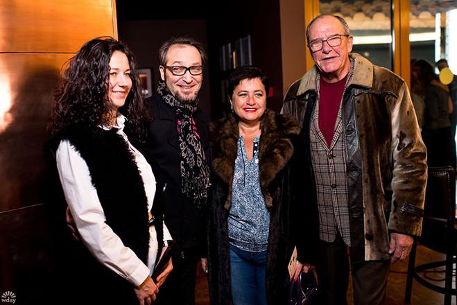 Михаил Козырев и Эммануил Виторган с женами фото