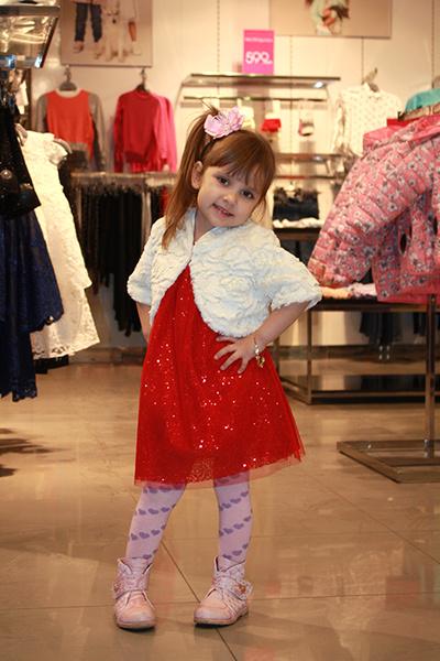 ТЦ Талер, купить одежду в ростове, вечерние платья, детская одежда, Pelican, Карапузик, Chicco, Sassofono, туфли, тц ростова, магазин женской одежды, купить одежду в ростове, обувь ростов, платья на новый год 2016, магазины детской одежды