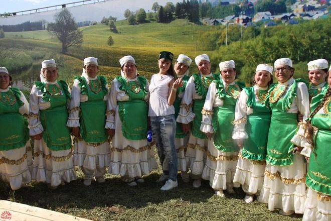 Вечерний Ургант Алла Михеева Острый репортаж Сабантуй Казань