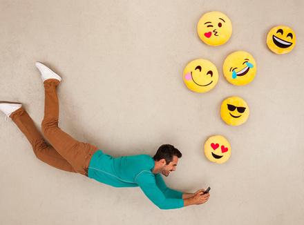 Emoji: игра смайлов или будущее языка?