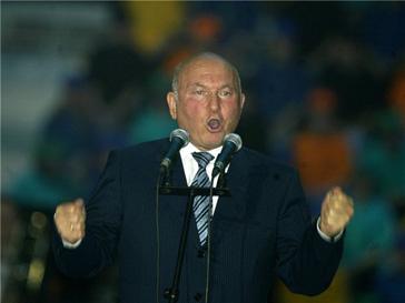 Юрий Лужков бореться с прессой