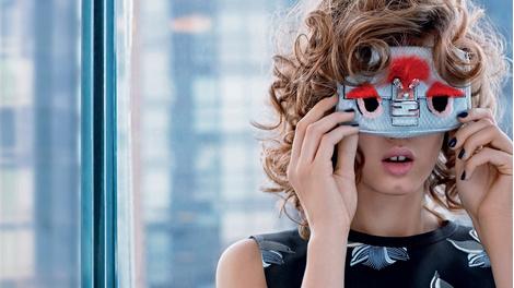 Карл Лагерфельд снял новую рекламную кампанию Fendi | галерея [1] фото [4]