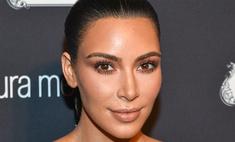 Ким Кардашьян сделала очередное селфи топлес