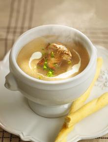 Диета Дюкана: рецепт куриного супа с шампиньонами
