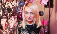 Дорого, богато: Рудковская украсила дом к Новому году
