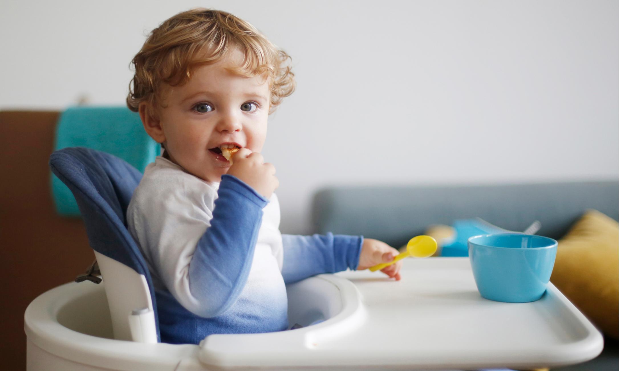 Стоит ли давать ребенку аптечные витамины