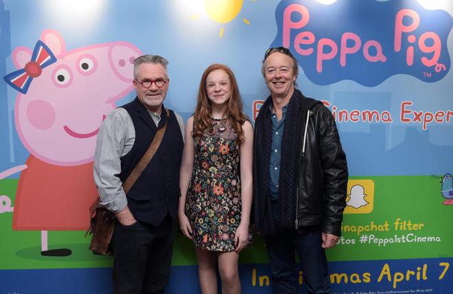 Как сейчас живут девочки, чьими голосами говорила свинка Пеппа