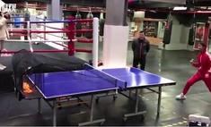 китаец поставил мировой рекорд игры пинг-понг нунчаками видео