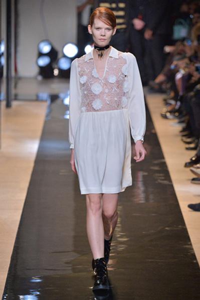 Неделя моды в Париже: показы Alexander McQueen и Paul & Joe ready-to-wear осень — зима 2015-2016   галерея [2] фото [4]