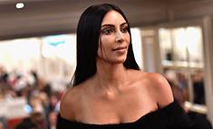 Ким Кардашьян сделала пластику пупка