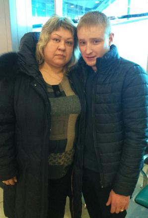 """мама и муж Юлианы Кузнецовой, участницы шоу """"Перезагрузка"""", фото"""