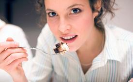 Раз и навсегда: почему нельзя желать приятного аппетита