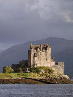 Шотландия славится старинными замками