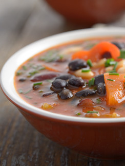 Суп фасолевый с перцем Чили